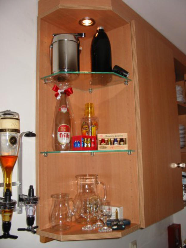 Schreiner-HUB GmbH - Schreiner & Tischler - Bars